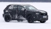 2018 Volvo XC40 yeni casus fotoğrafları