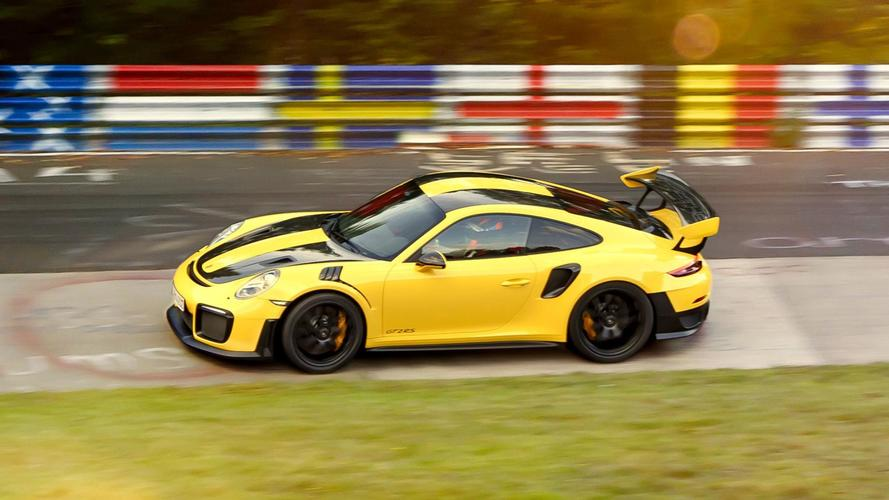 Echa un vistazo al Porsche 911 GT2 RS con pack Weissach