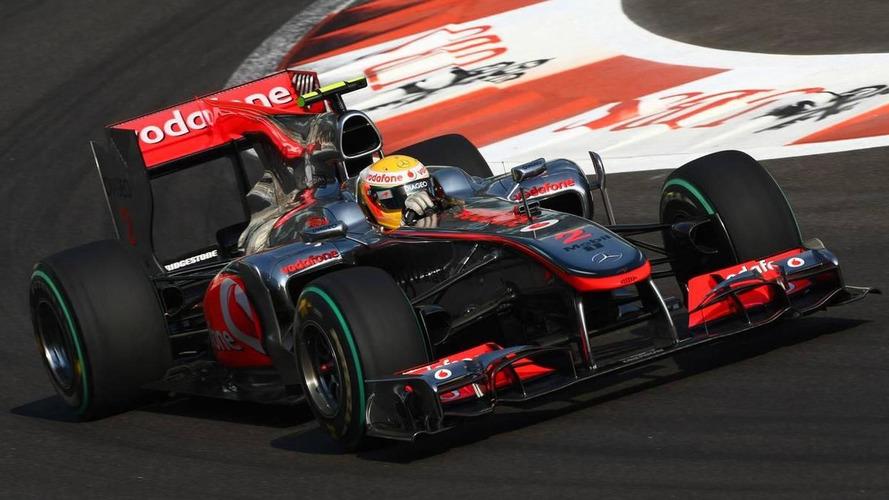 Abu Dhabi stewards keep Hamilton's title hopes alive
