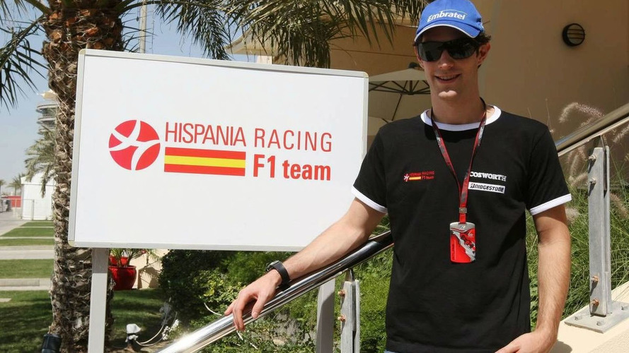 Senna happy with weather after arriving in Bahrain