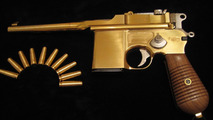 Dartz authentic copy of Bolshevik Mauser gun made from natural gold, 1600, 05.05.2010