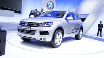 2011 VW Touareg On Stage in Geneva 03.03.2010