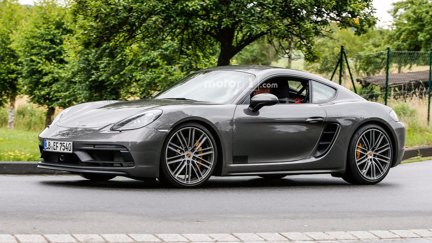 2018 porsche 718 cayman gt4. wonderful porsche 2018 porsche cayman gts spied virtually undisguised and porsche 718 cayman gt4 s