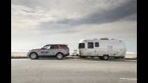 Land Rover Discovery, traino a guida semiautonoma [VIDEO]