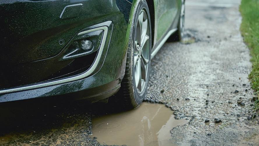 Ford's new pothole detection tech is much needed in the UK