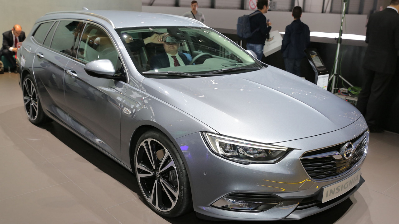 2017 opel insignia grand sport arrives to preview new buick regal. Black Bedroom Furniture Sets. Home Design Ideas