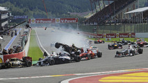 Belgian GP first corner crash 02.09.2012