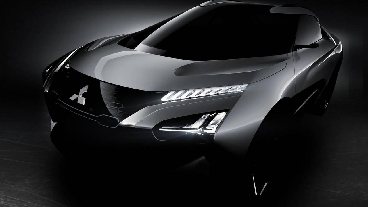 Mitsubishi E Evolution Concept Teaser