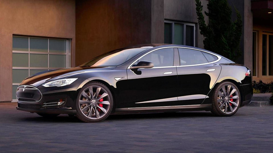 Elon Musk vows to end Tesla Model S range anxiety via software update