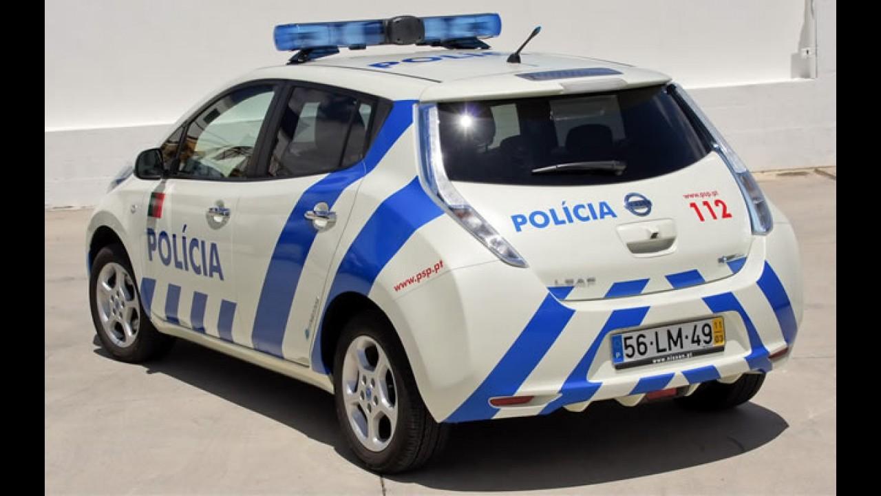 De mansinho: Nissan Leaf assume função de viatura policial em Portugal
