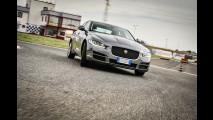 Jaguar XE, piacere di guida inglese