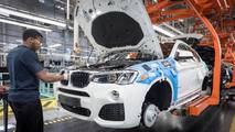 BMW X4 production milestone