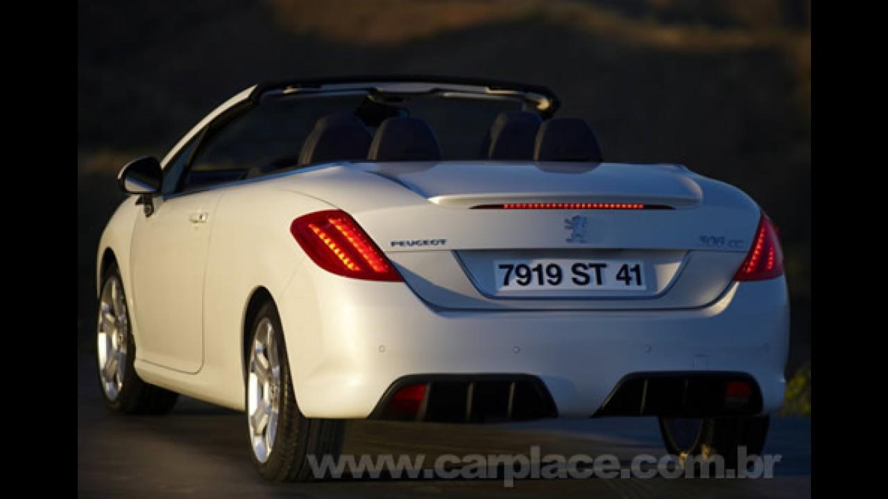Peugeot revela fotos do novo 308 Coupé Cabriolet - Modelo será lançado em Paris