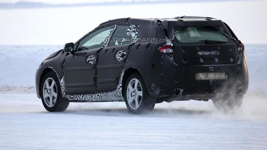 Volvo V40 spied in Scandinavia