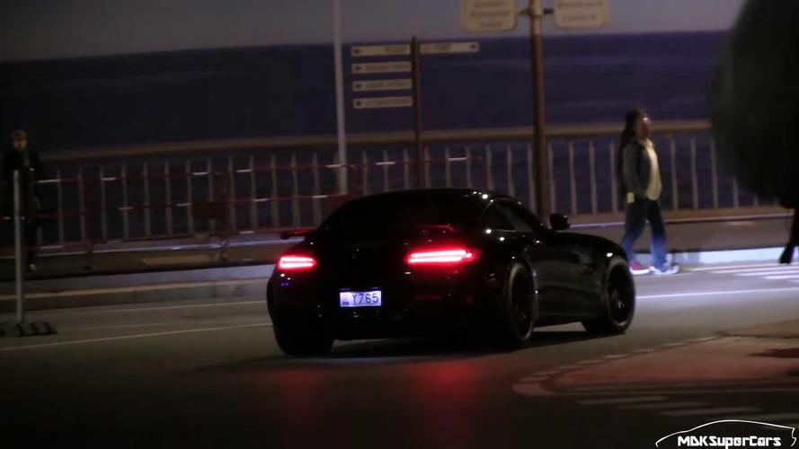 VIDÉO - L'une des premières Mercedes-AMG GT R aperçue à Monaco