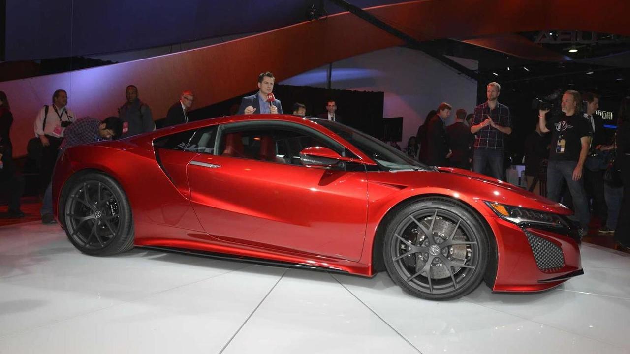 Acura NSX at 2015 NAIAS