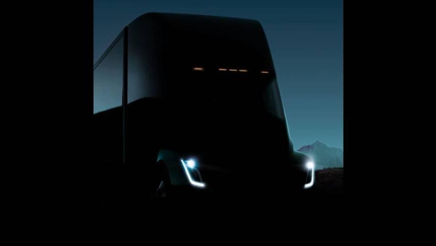 Analyst Thinks Tesla Semi Range Will Be Up To 450 Miles
