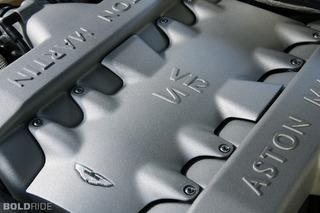 2004 - Aston Martin Vanquish S V12