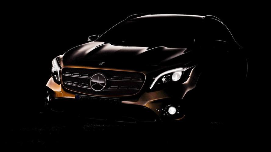 Mercedes-Benz GLA reestilizado aparece em primeiro teaser