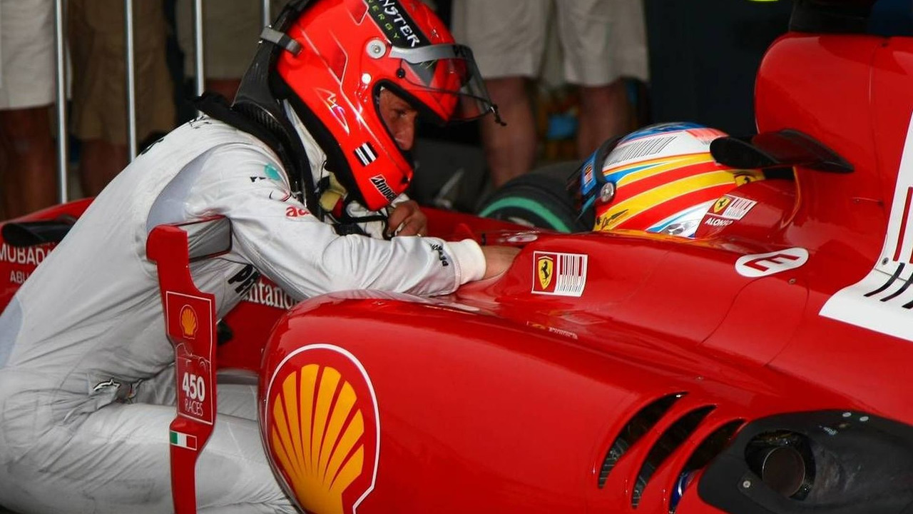 Michael Schumacher (GER), and Fernando Alonso (ESP), Australian Grand Prix, Saturday Qualifying, 27.03.2010 Melbourne, Australia