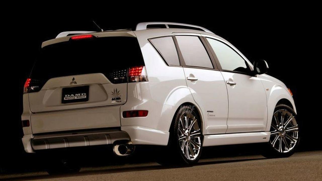 Mitsubishi Outlander by DAMD