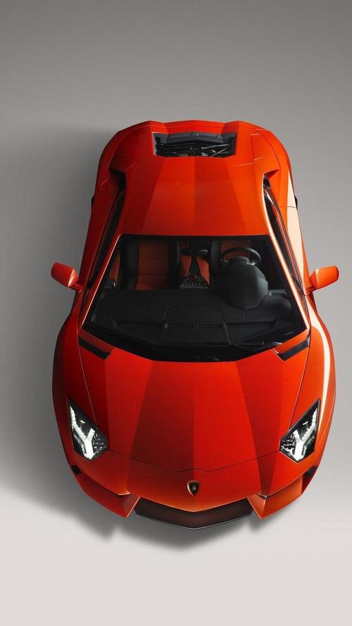 Seven Lamborghini Aventador LP 700-4 models at Rome presentation [video]