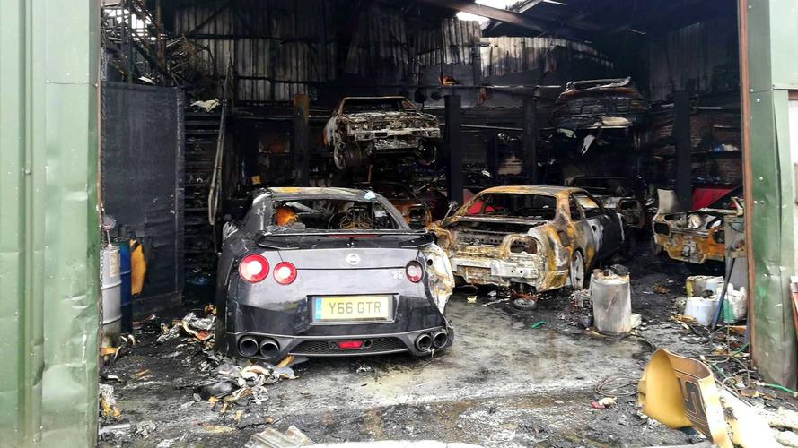 Une petite dizaine de Nissan GT-R et Skyline partent en fumée