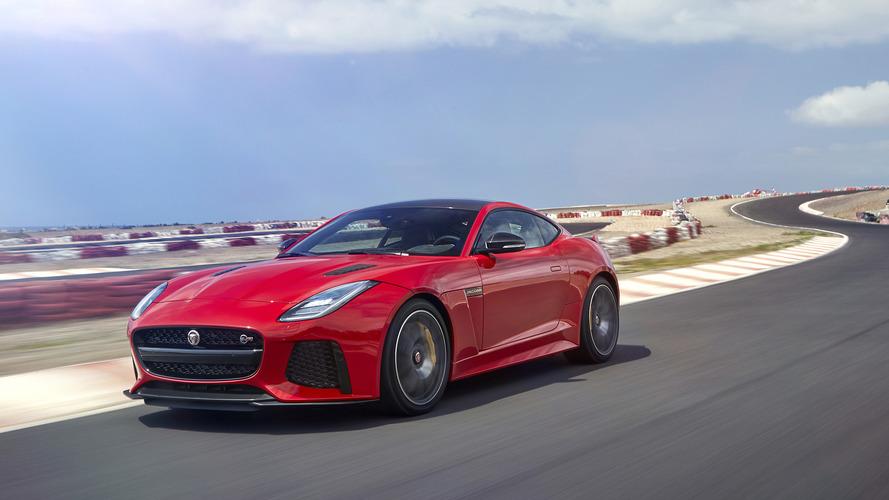 Jaguar dört kapılı bir F-Type coupe düşünüyor