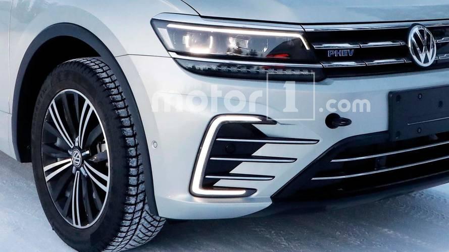 VW Tiguan PHEV Spy Photo