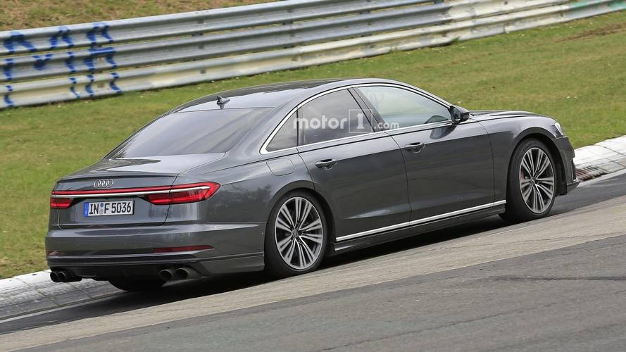 Audi S8 2019: nuevas imágenes de un prototipo en Nürburgring