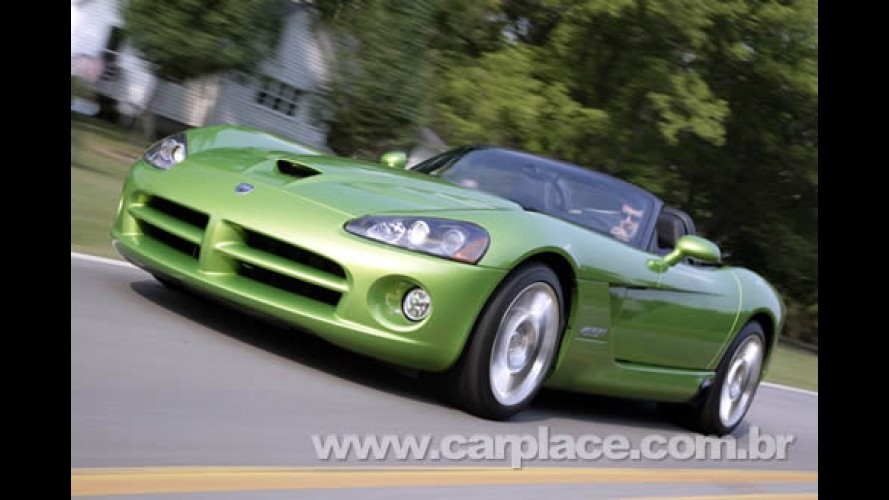 Dodge comemora marca de 25.000 unidades produzidas do esportivo Viper