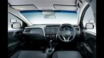 Novo Honda City ganha versão pelada para autoescola no Japão