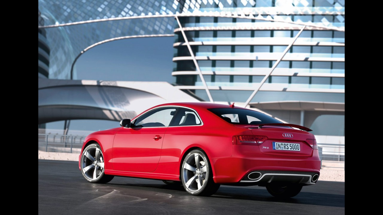 Audi divulga imagens oficiais do RS5 2011