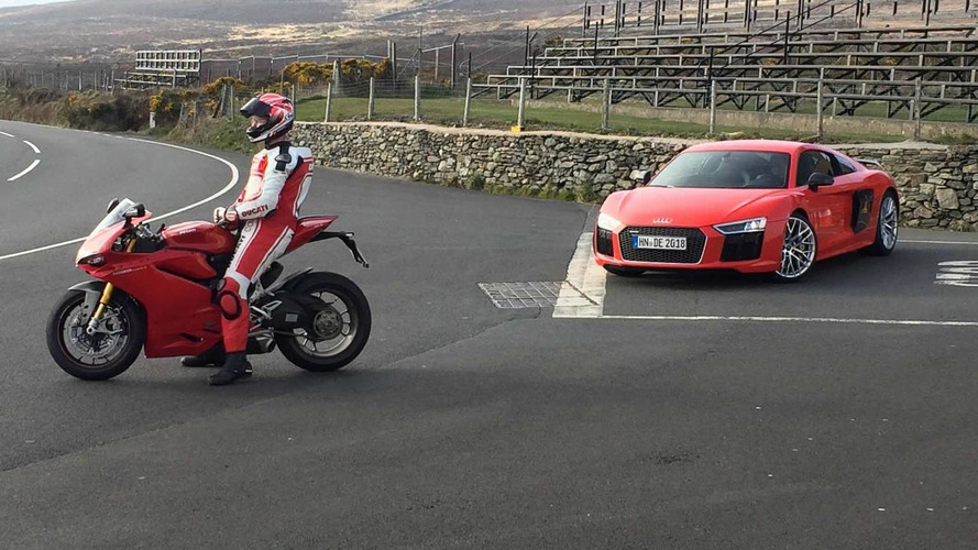 Audi R8 V10 Plus spotted in the metal during ad filming with Ducati 1299 Panigale S