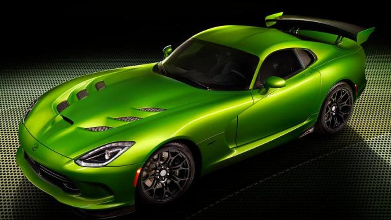 SRT Viper with Stryker Green paint