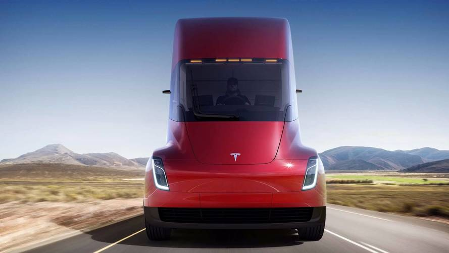 300-Mile Tesla Semi Costs $150,000; 500-Mile Version Is $180,000