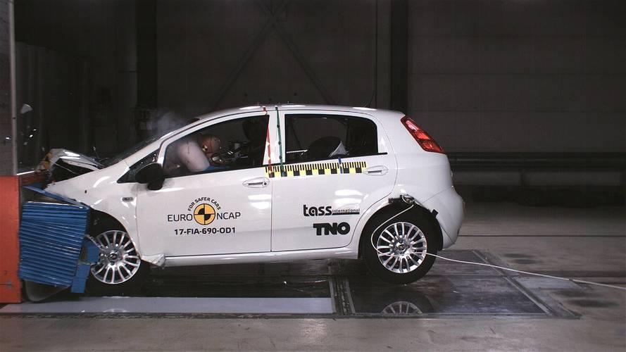 Ainda na ativa na Europa, Fiat Punto zera em crash test