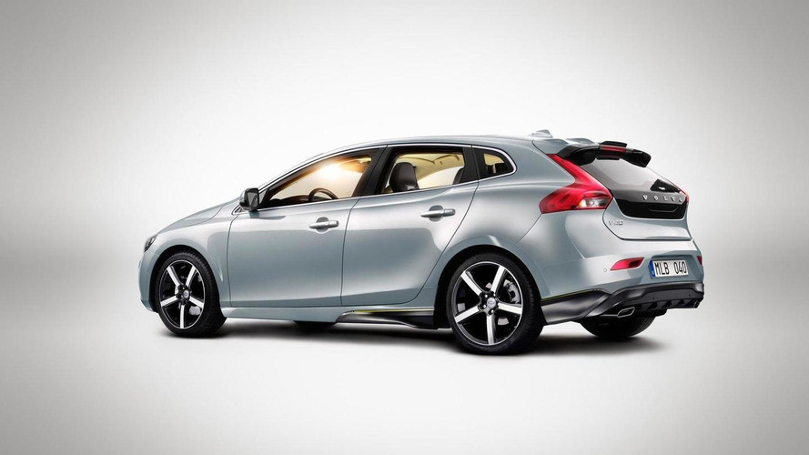 2013 Volvo V40 pricing announced for UK from £19,745 OTR.