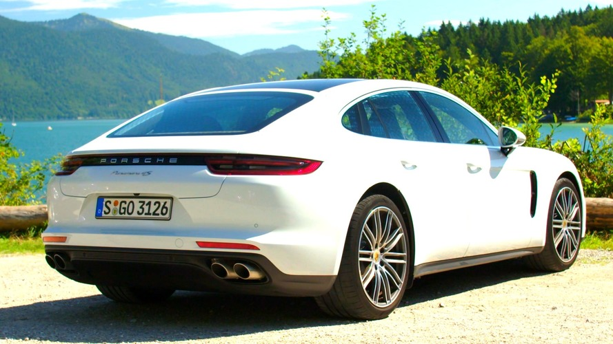 2017 Porsche Panamera 4S Diesel puts on white suit