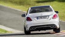 2015 Mercedes-Benz C63 AMG flexes its muscles in Paris