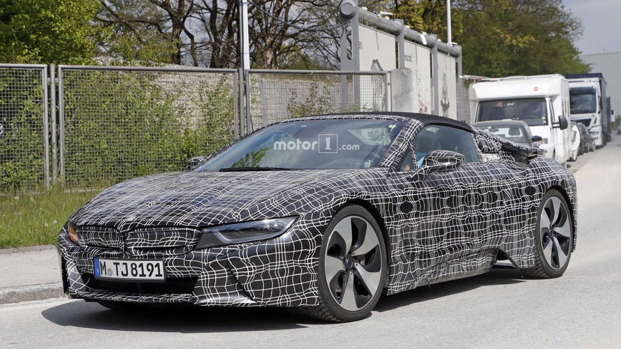 BMW i8 Roadster gets more power and nicer interior
