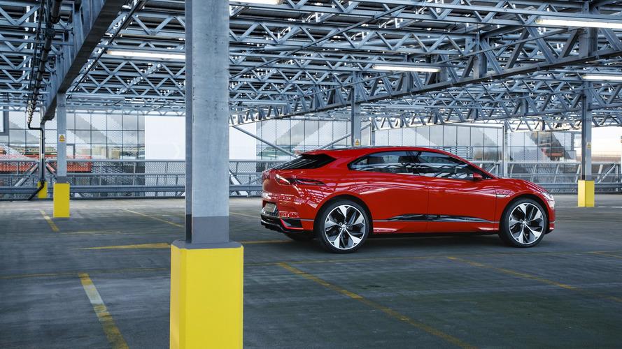 Jaguar assemble les premiers I-Pace