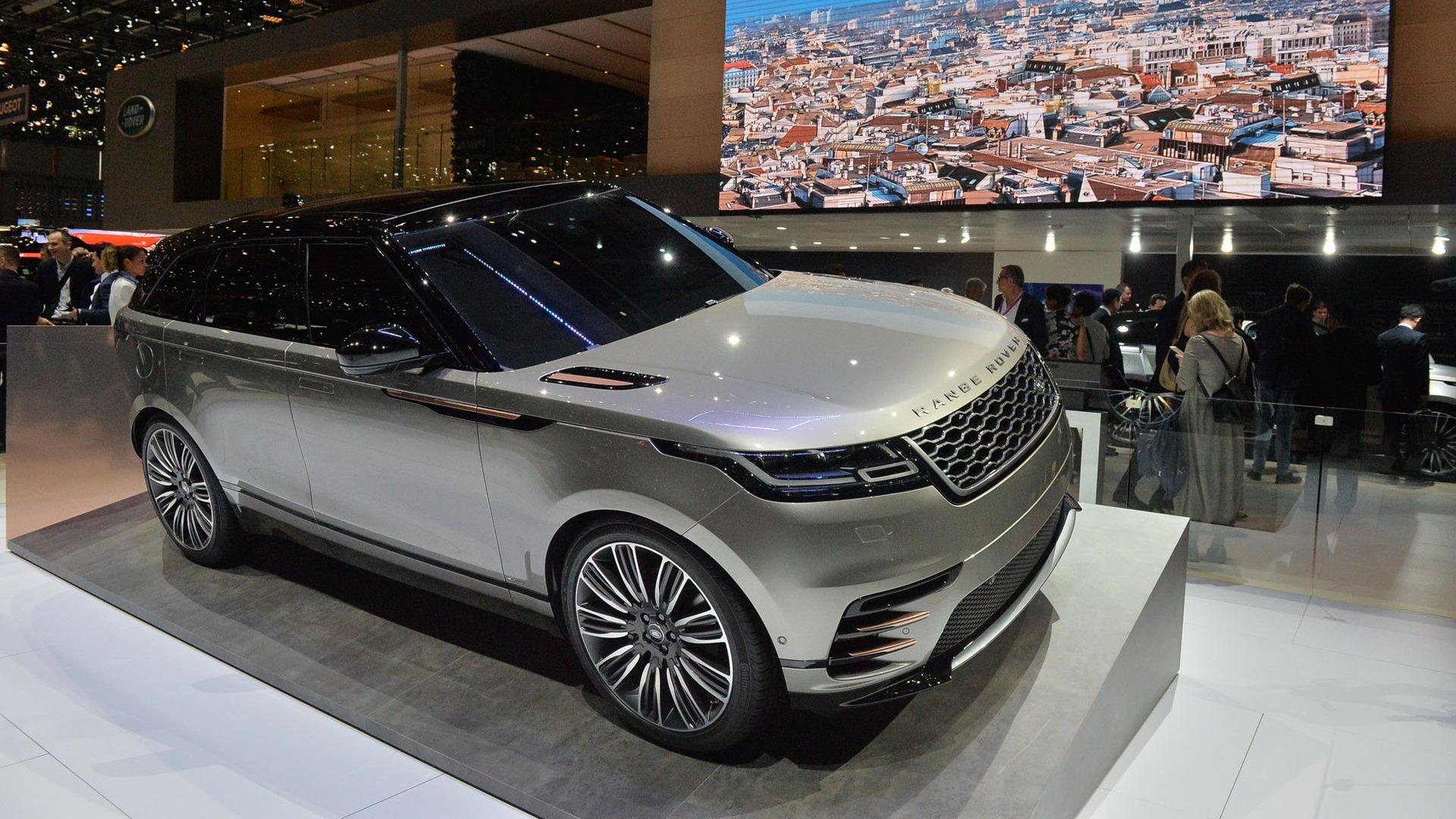 land rover range rover velar is evoque 39 s stylish bigger. Black Bedroom Furniture Sets. Home Design Ideas