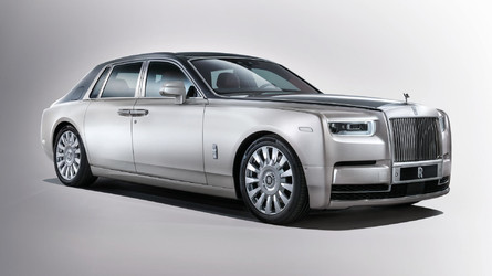 Get Familiar With The 2018 Rolls-Royce Phantom In 5 Videos
