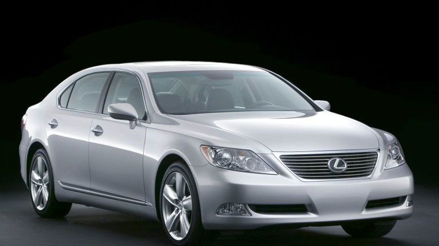 Lexus LS May Get V6