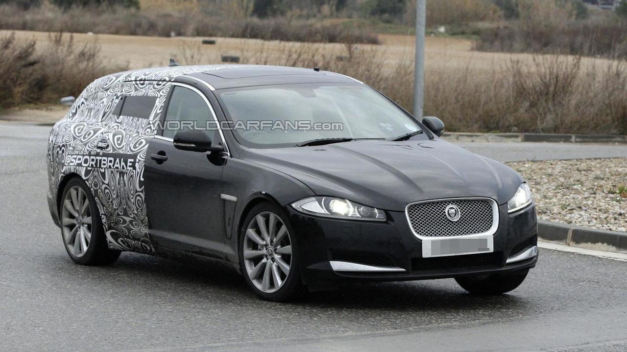 2012 Jaguar XF Sportbrake spy photo 2.2.2012