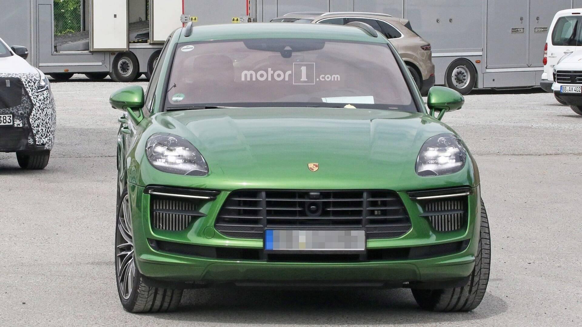 2018 - [Porsche] Macan Restylée [95B] - Page 3 2019-porsche-macan-turbo-facelift-spy-photo