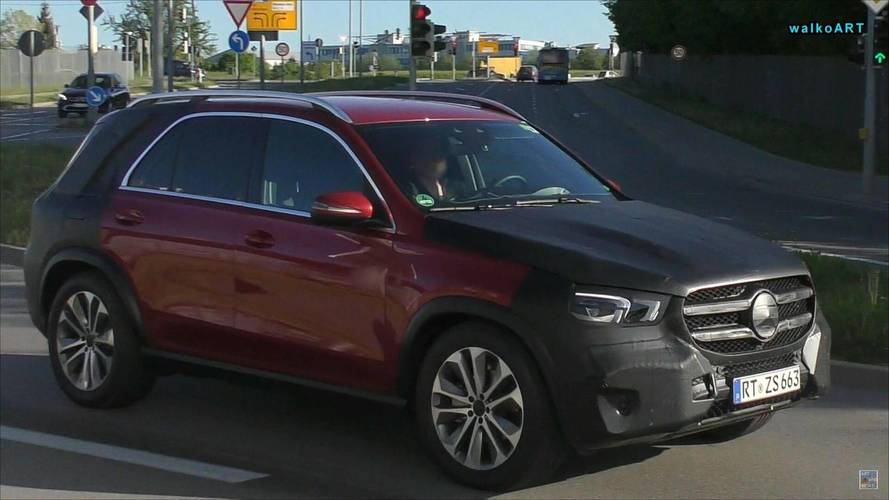 2019 Mercedes GLE ilk defa az kamuflajla yakalandı