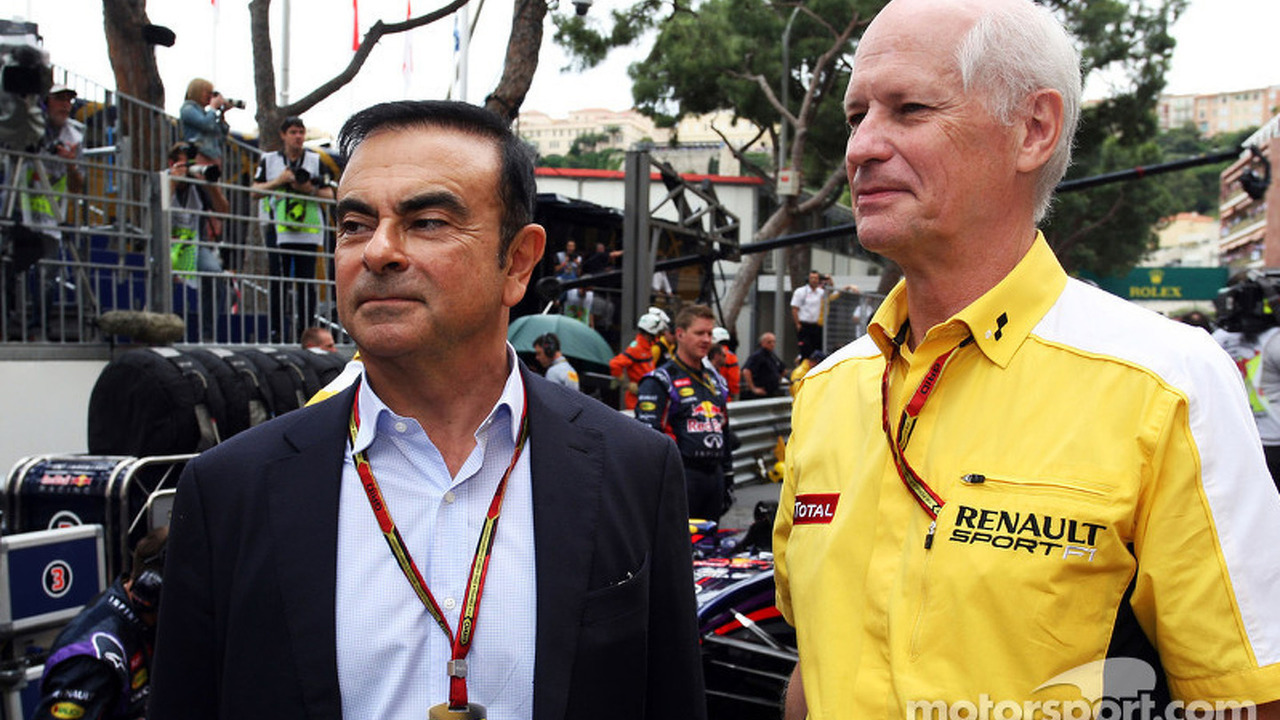 (L to R): Carlos Ghosn, Chairman of Renault on the grid with Jean-Michel Jalinier, Renault F1 Sport President and Managing Director