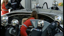 Jenson Button nell'originale candid camera di Mobil 1